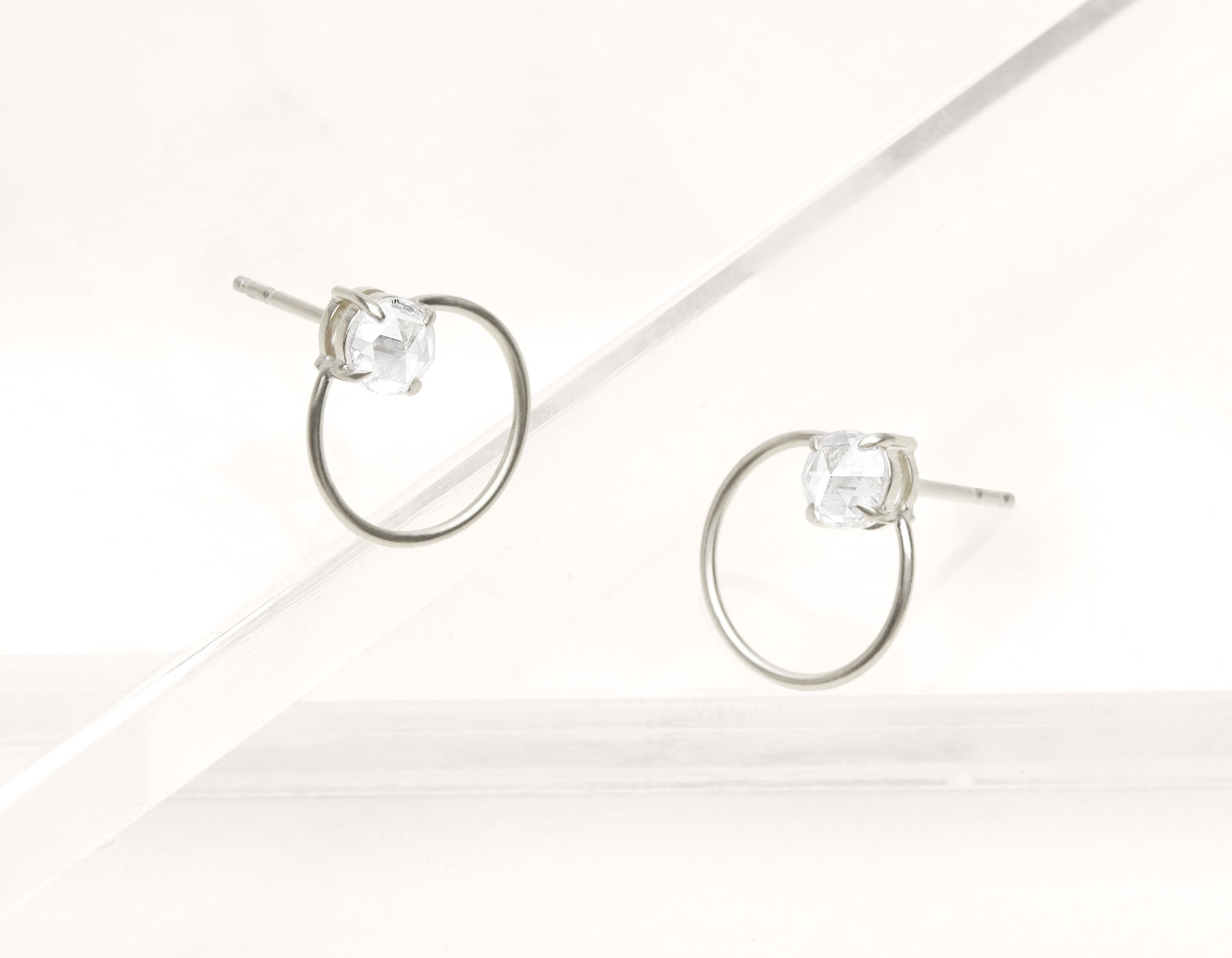 Minimalist elegant 18k solid gold rose cut Diamond Door Knock Studs hoop earring Vrai & Oro black label, 18K White Gold