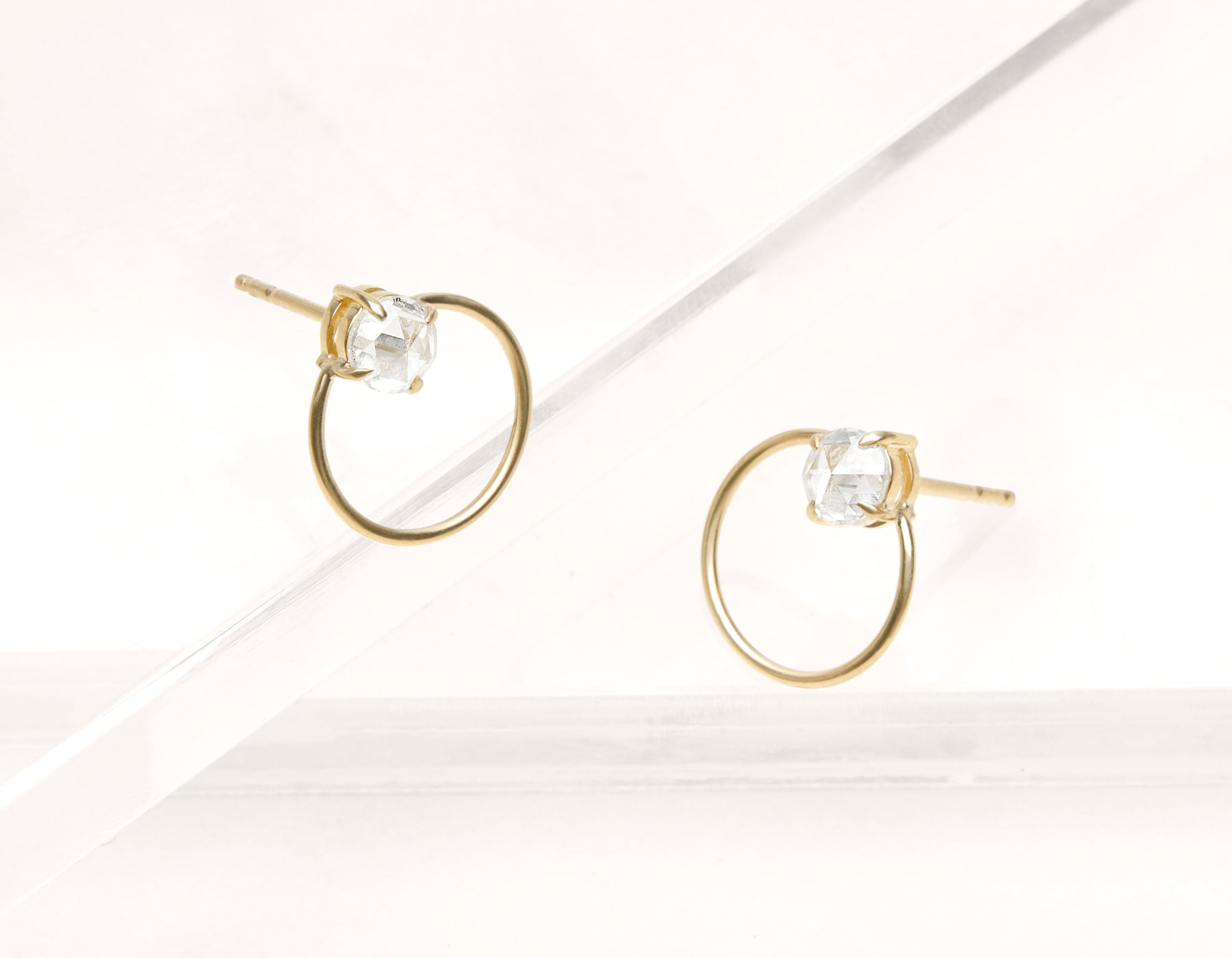 Minimalist elegant 18k solid gold rose cut Diamond Door Knock Studs hoop earring Vrai & Oro black label, 18K Yellow Gold