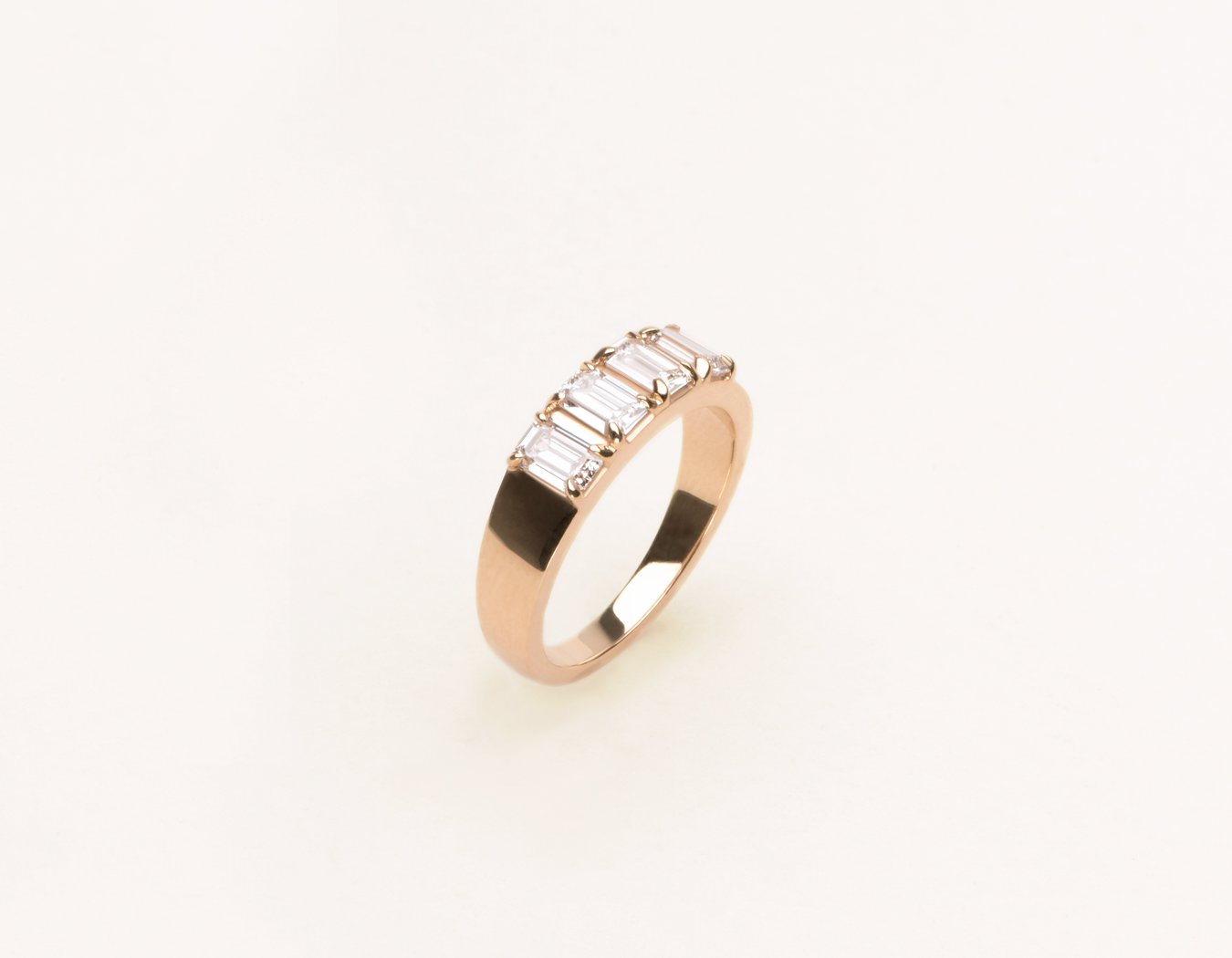 Modern Minimalist Emerald Diamond Tetrad Band 14k Solid gold Vrai & Oro, 14K Rose Gold