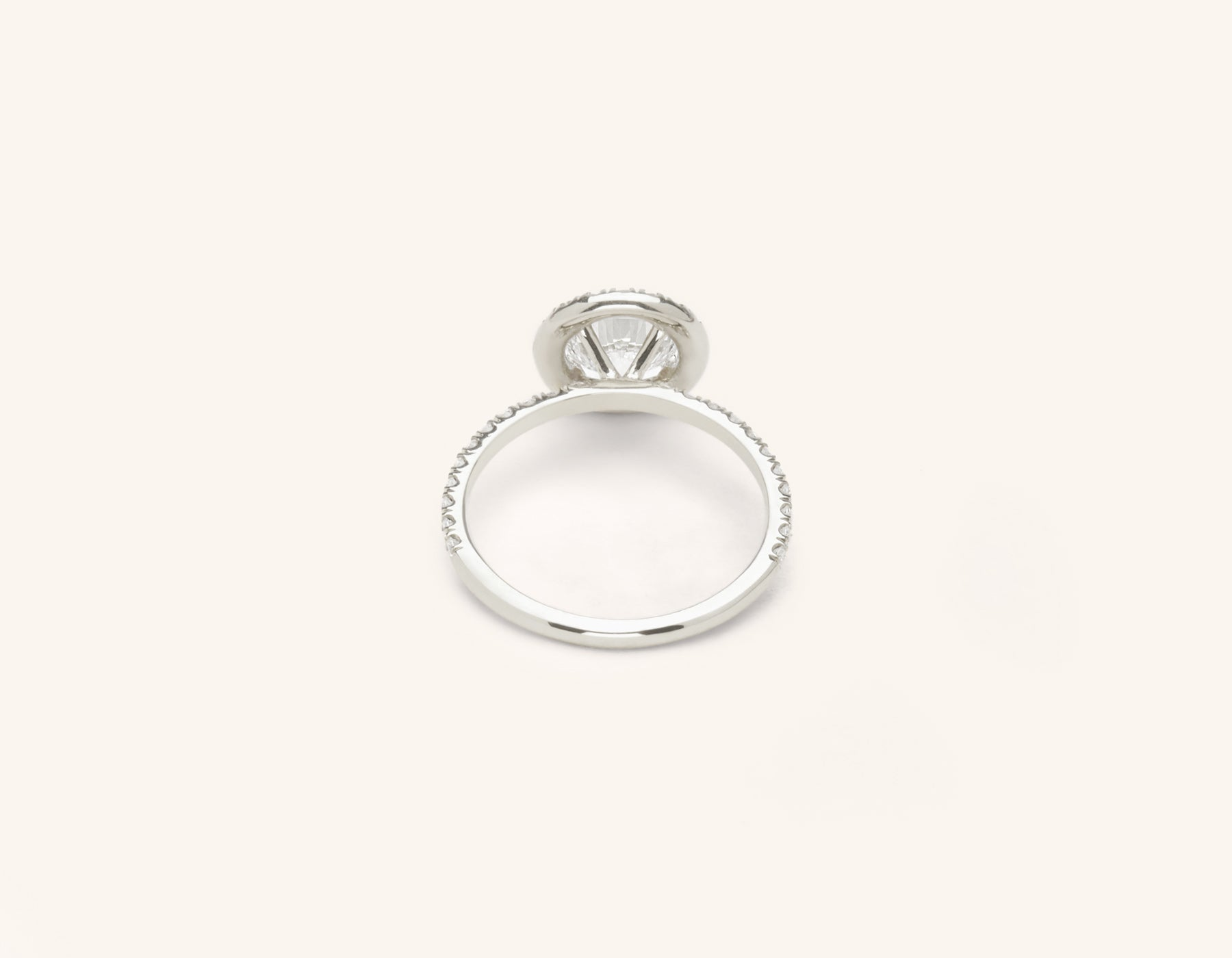 Vrai & Oro platinum Diamond engagement ring The Halo pave simple classic band