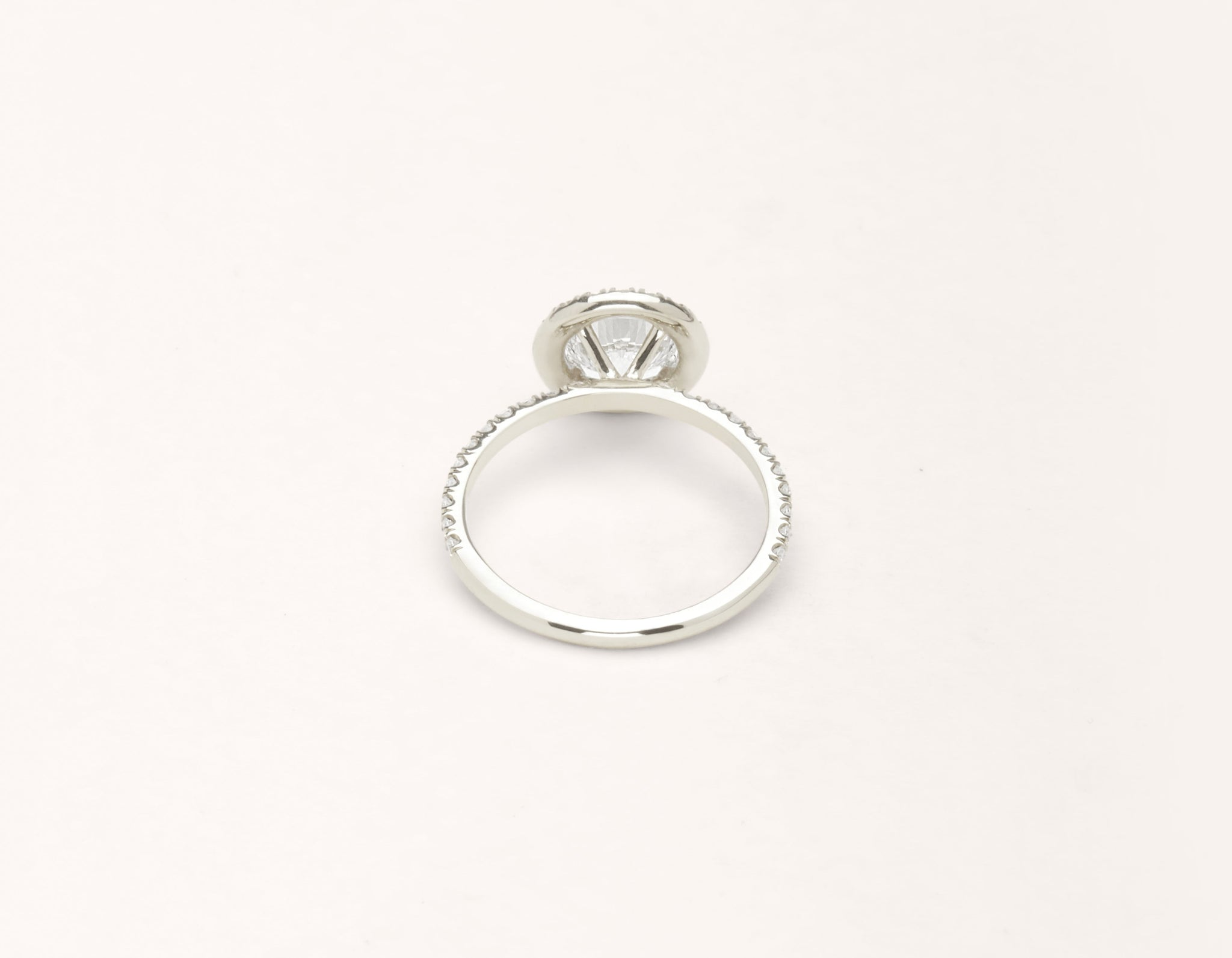 Vrai & Oro 18k solid white gold Diamond engagement ring The Halo pave simple classic band