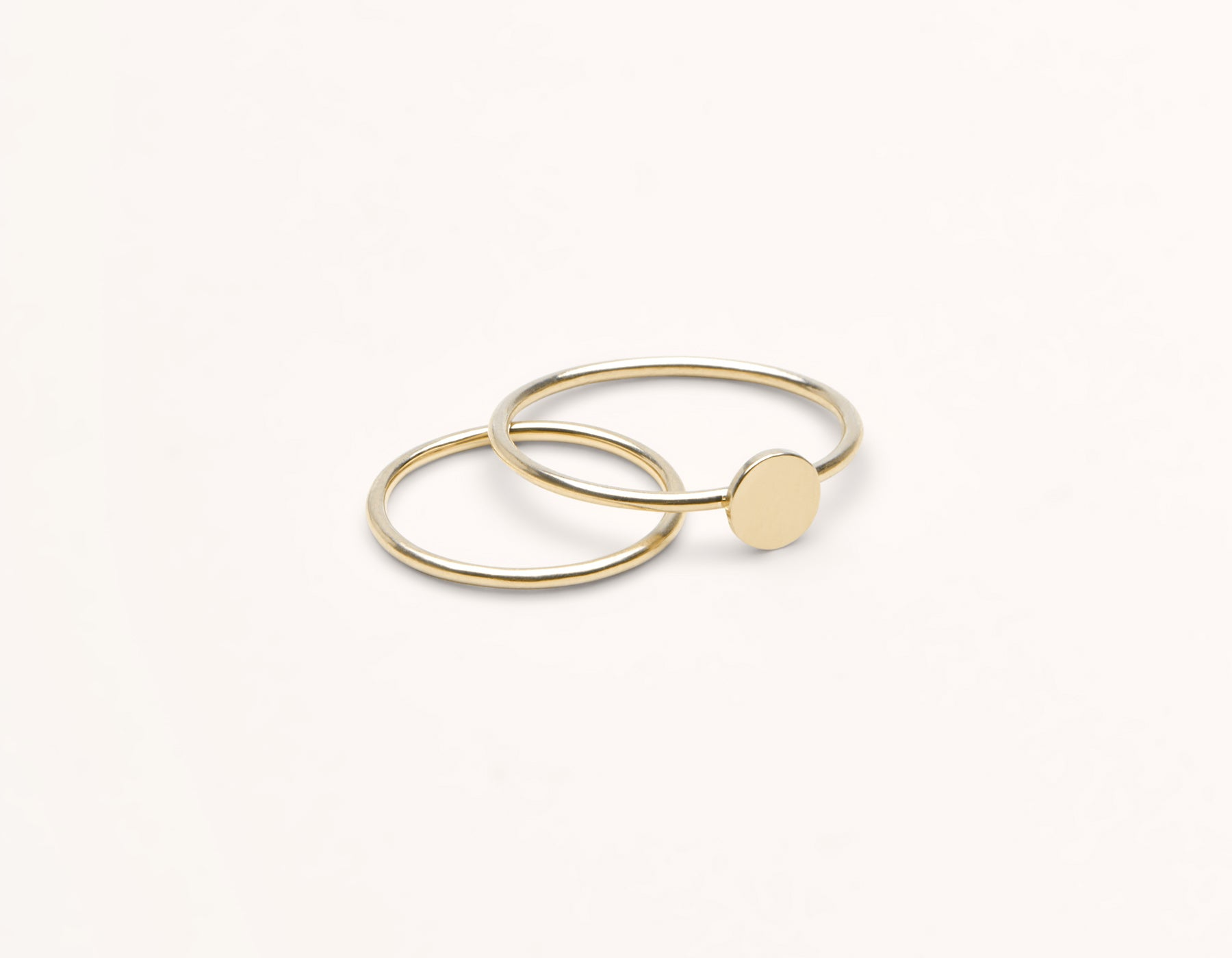 Personalized Initial Ring 14k solid gold simple disk simple skinny ring Vrai & Oro, 14K Yellow Gold