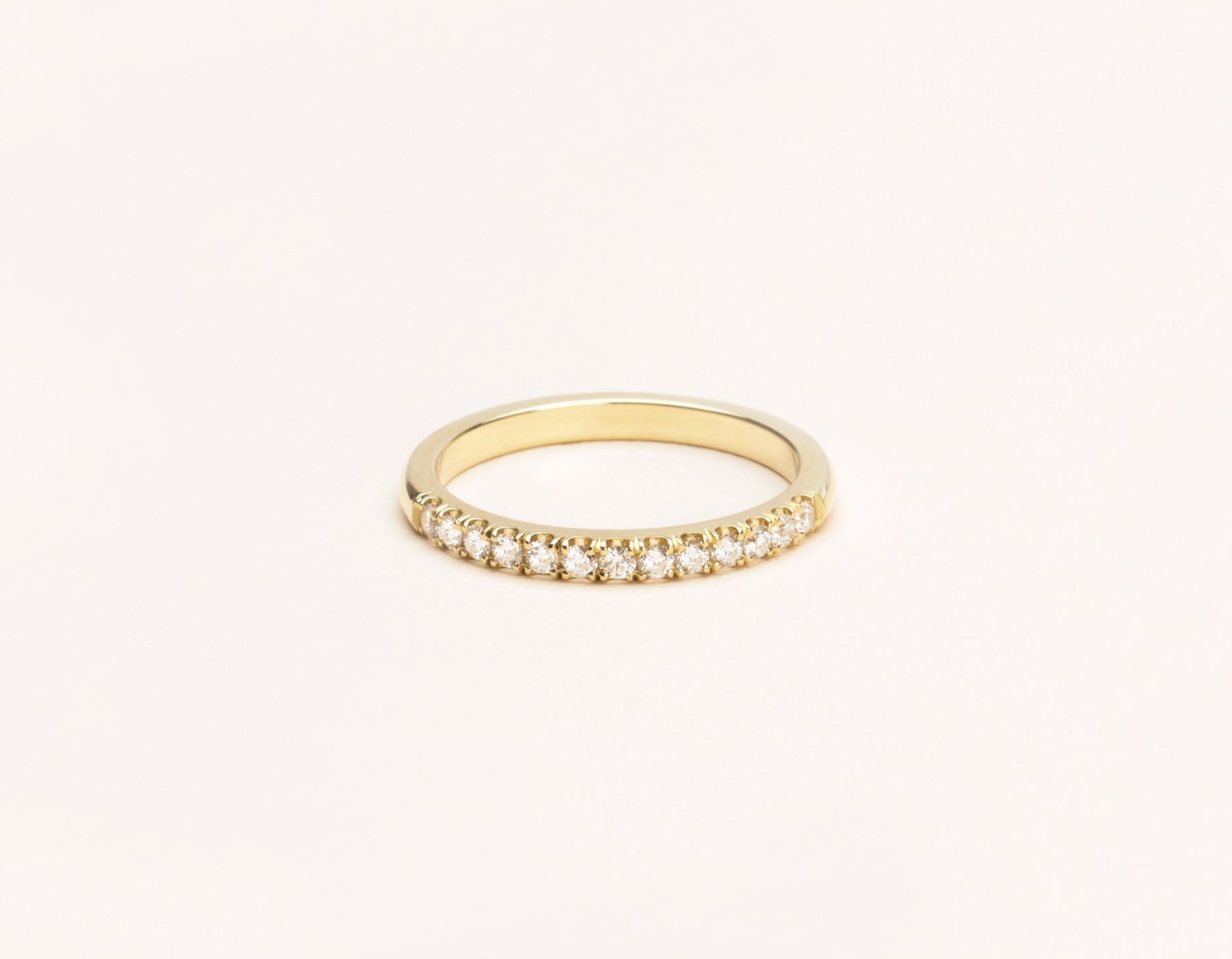 Simple classic 14k solid gold Large Diamond Band Vrai & Oro, 14K Yellow Gold