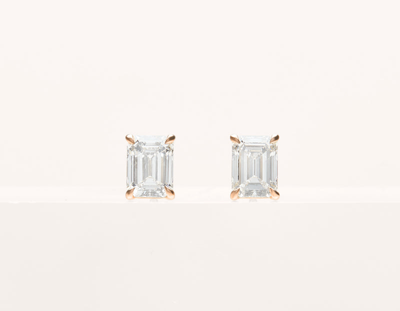 simple classic 18k solid gold 1.0 ct Emerald Diamond Studs earring by Vrai and Oro, 14K Rose Gold