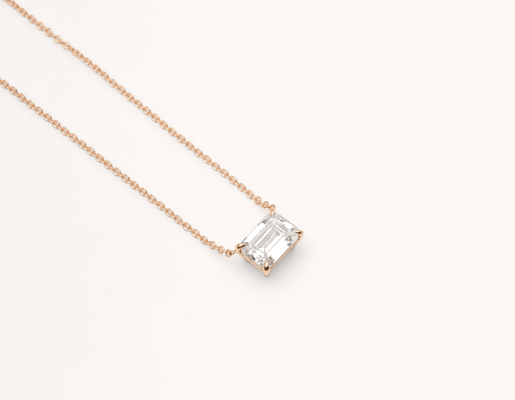 Classic minimalist 18k solid gold 1.0 carat Emerald cut Diamond Necklace on delicate chain Vrai & Oro black label, 18K Rose Gold
