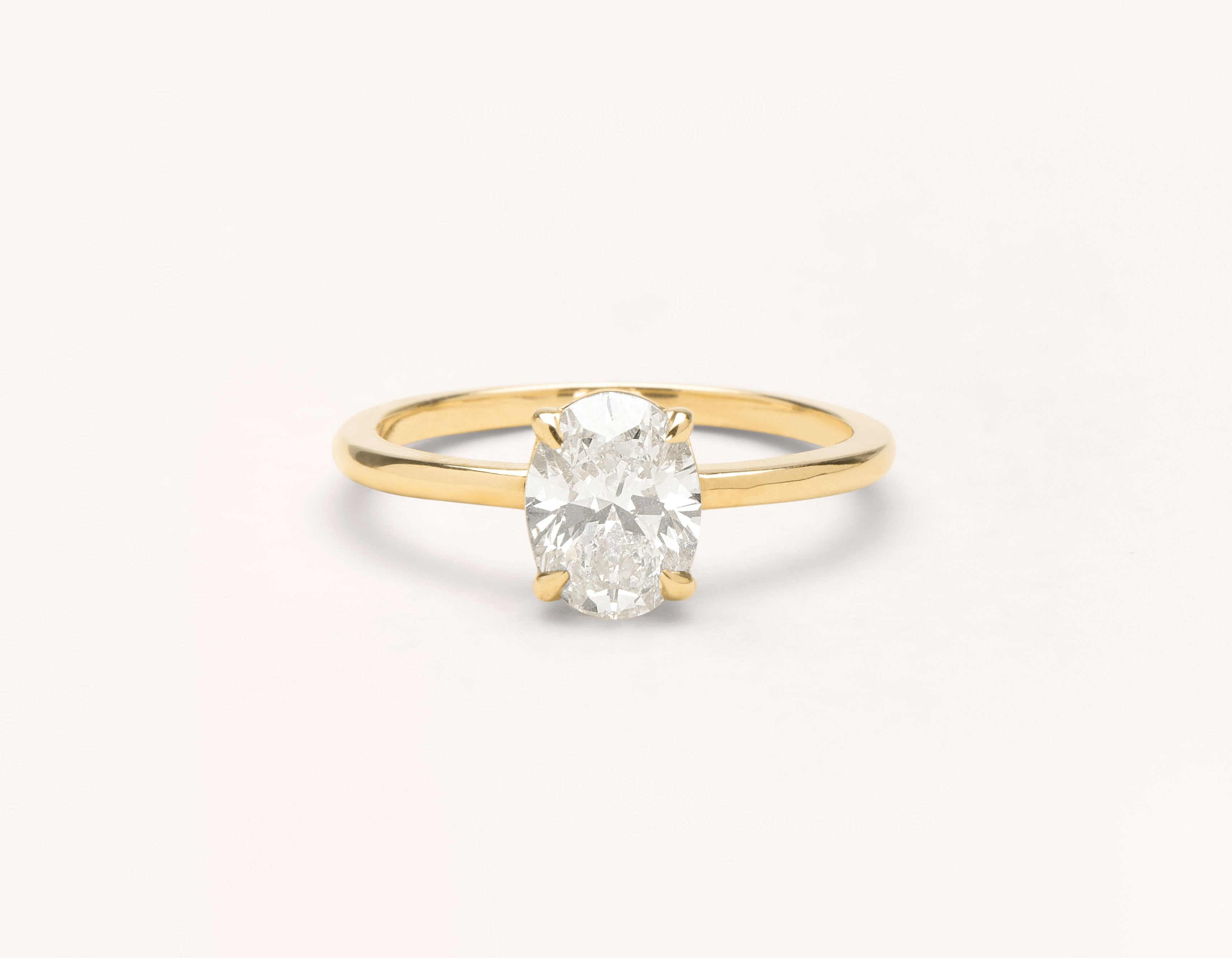 The Oval Engagement Ring 18k Yellow Gold Vrai Oro Wedding