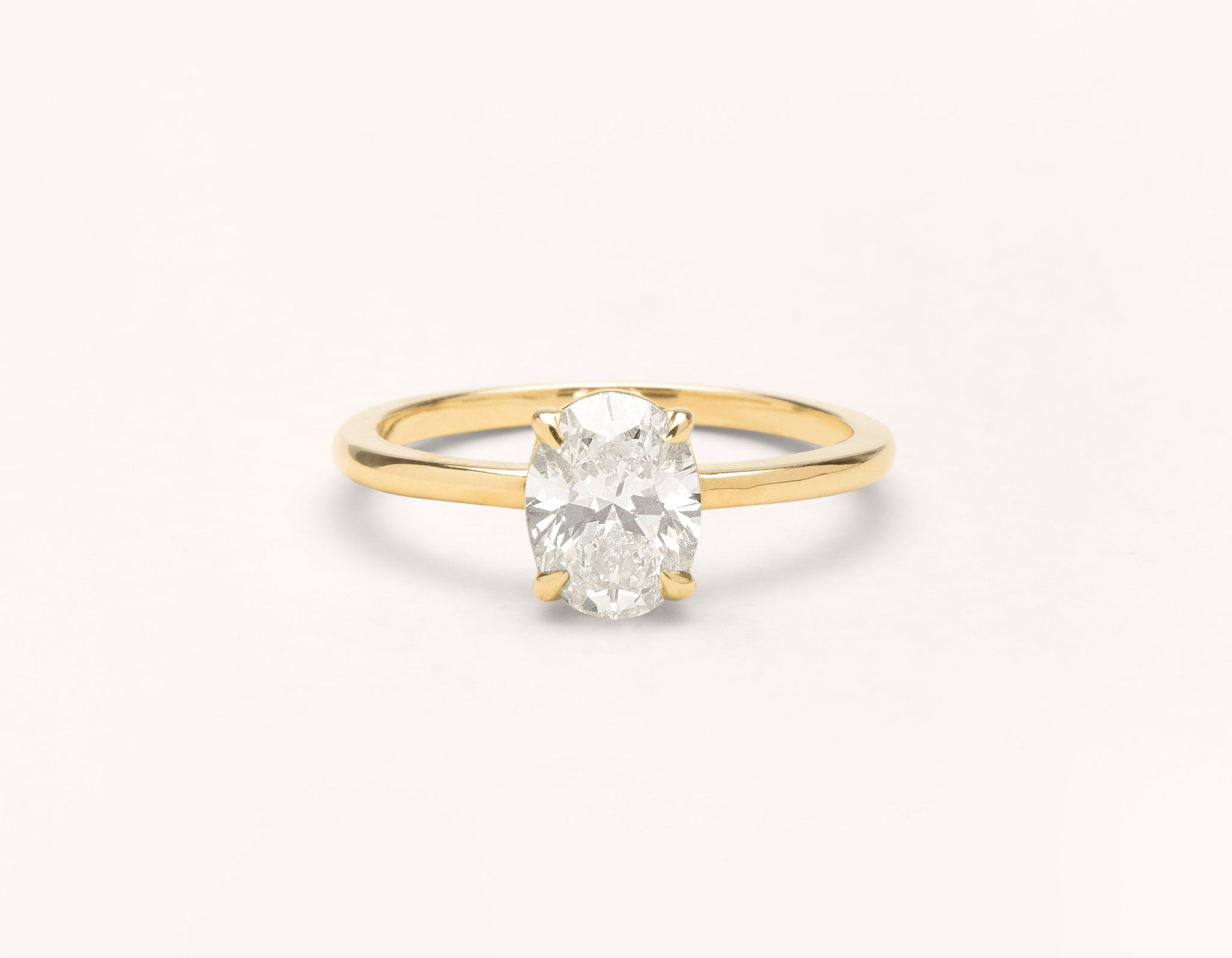 Minimalist 18k solid yellow gold The Oval engagement ring 1 ct diamond Vrai and Oro