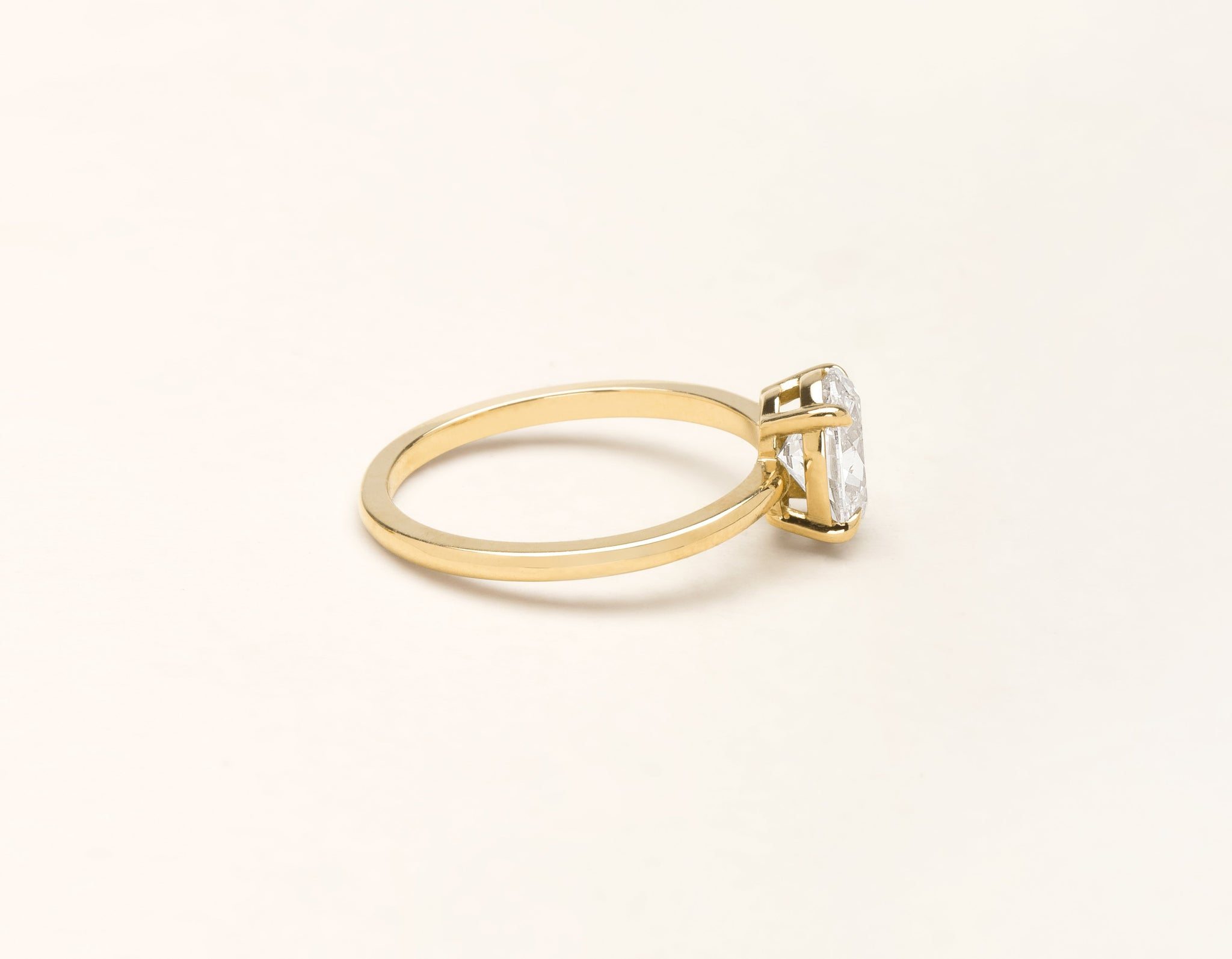 Simple modern 18k solid yellow gold 1 carat Oval diamond engagement ring Vrai & Oro