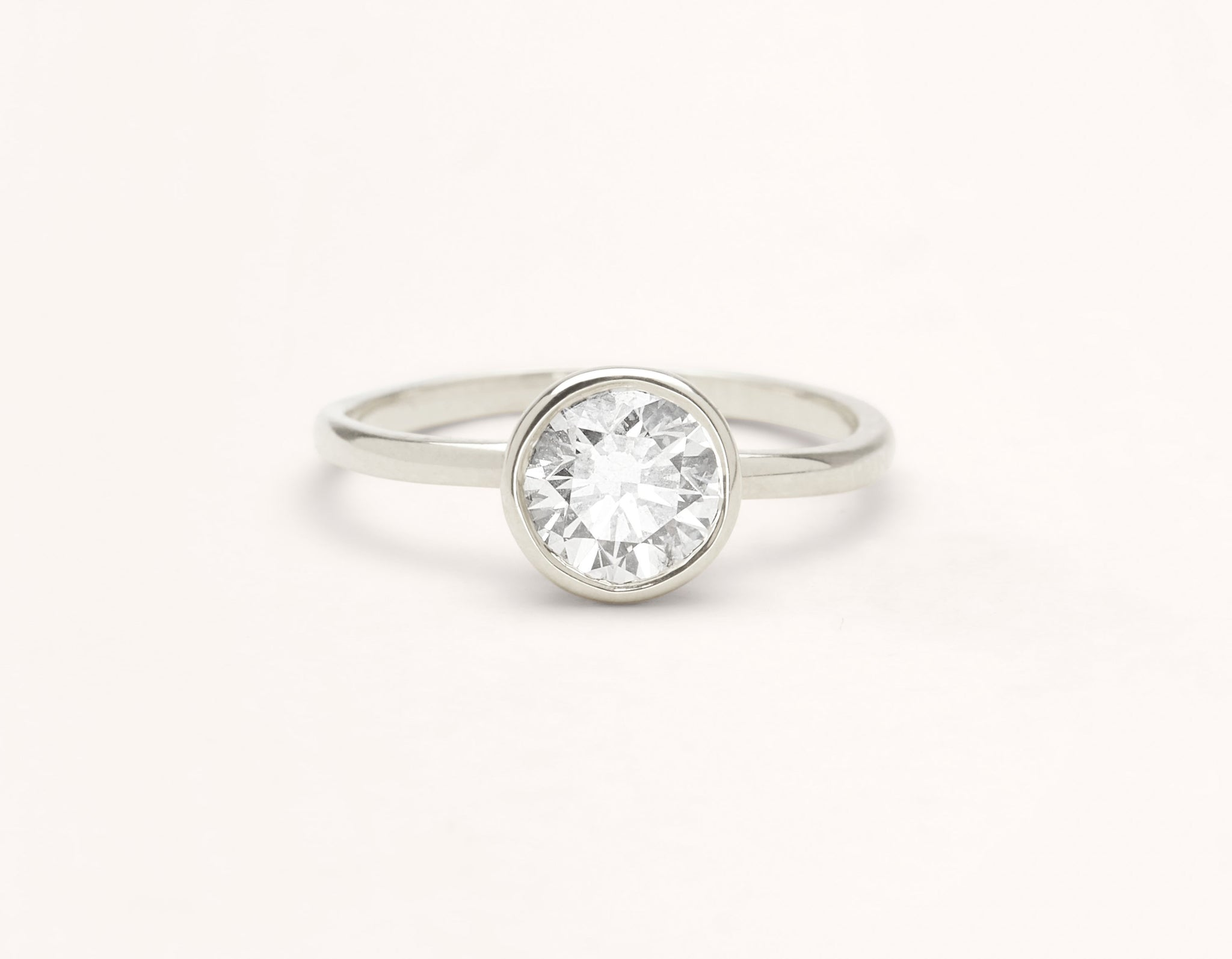 Minimalist 18k solid white gold Round Bezel engagement ring round brilliant cut 1 ct diamond Vrai and Oro