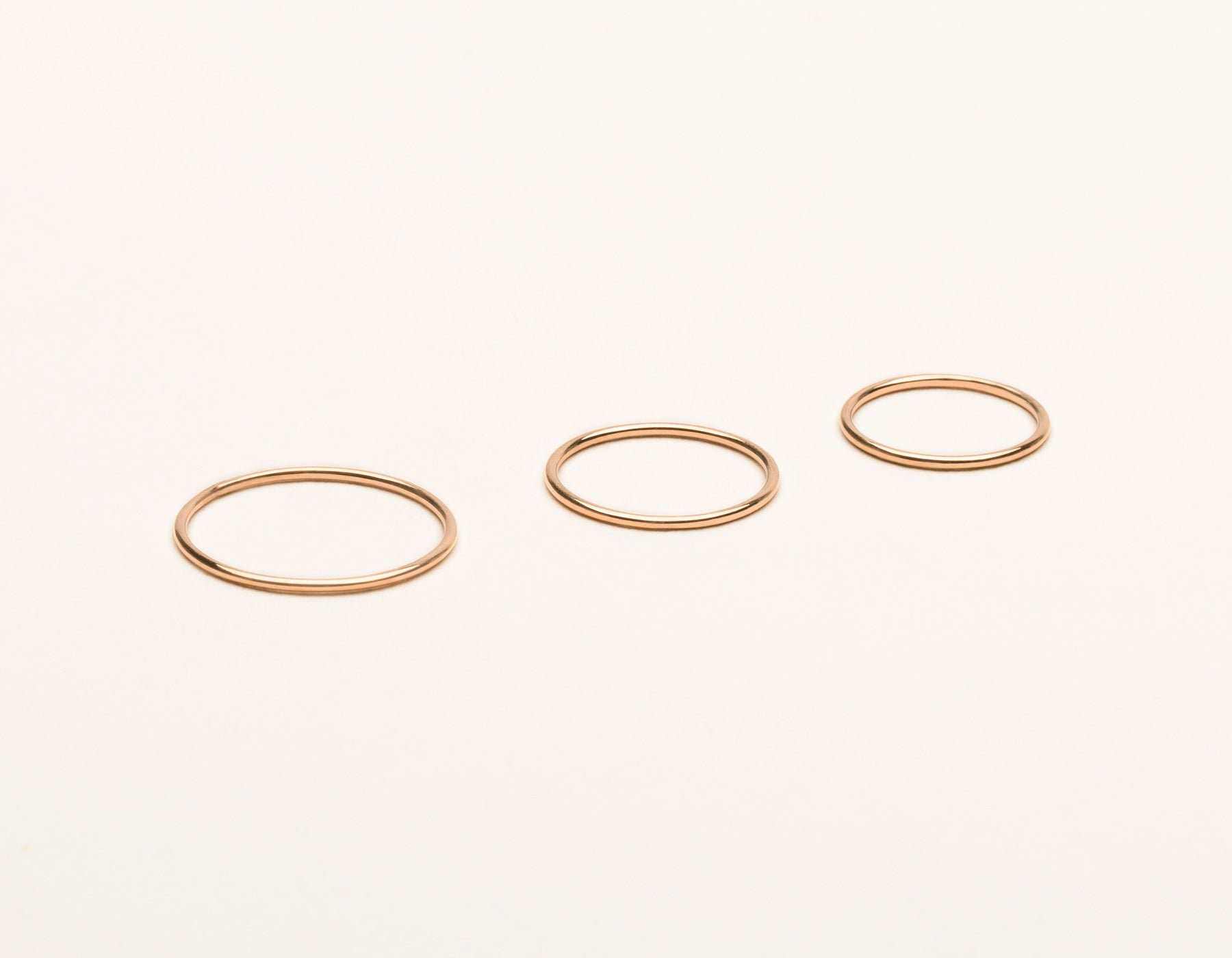 Skinny Stacker Ring Set 14k solid gold vrai & Oro plain round thin band, 14K Rose Gold