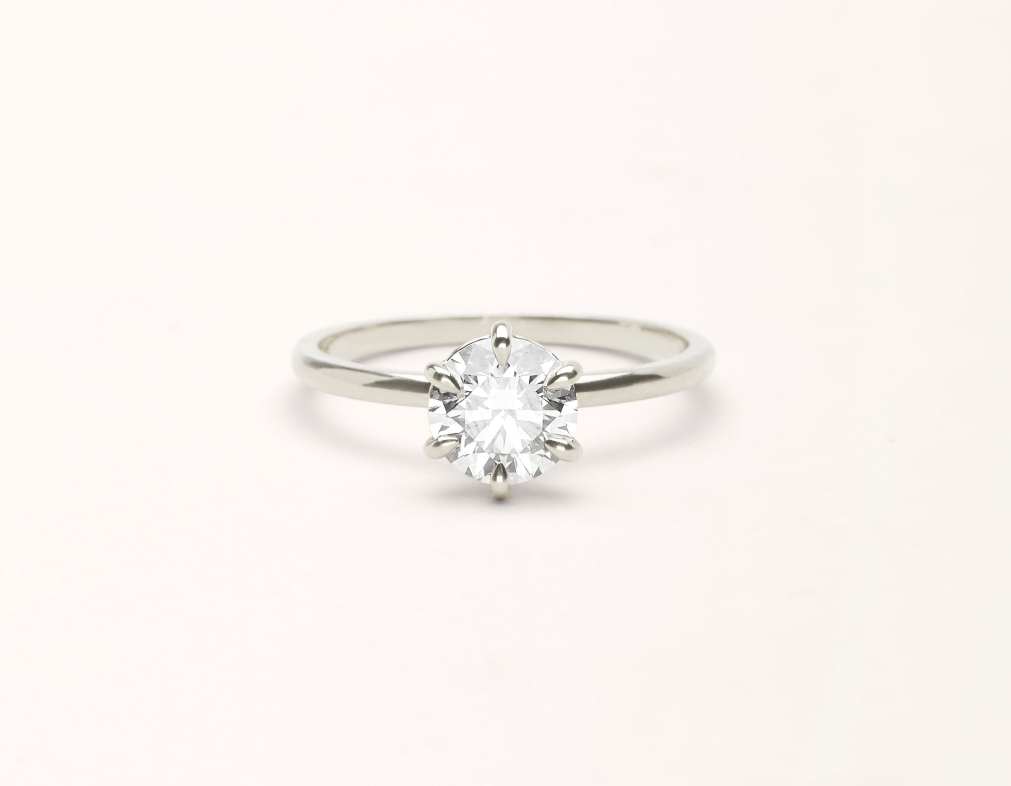 Minimalist 18k solid white gold The Solitaire engagement ring round brilliant cut 1 ct diamond Vrai and Oro