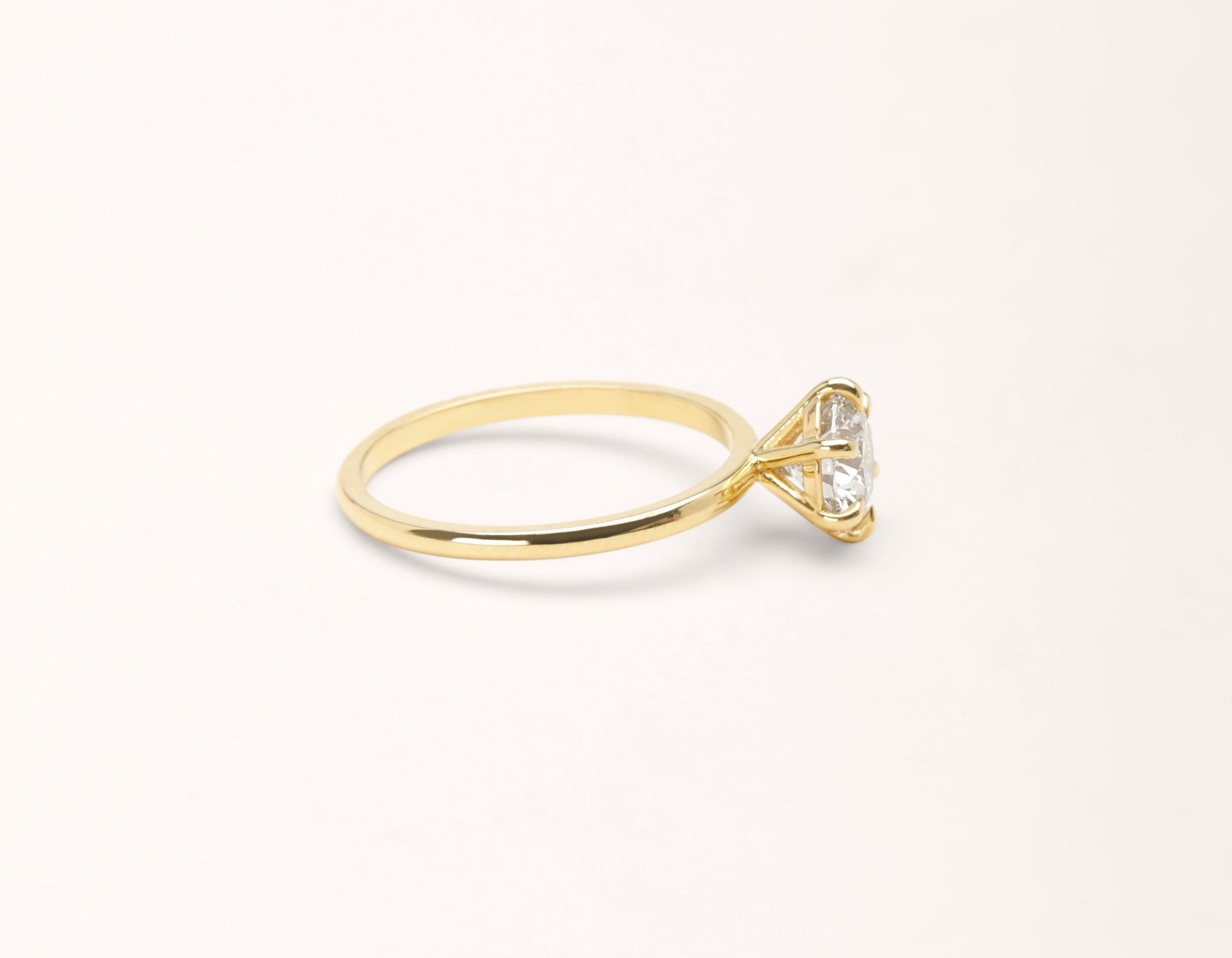 Simple modern 18k solid yellow gold 1 carat round brilliant Solitaire diamond engagement ring Vrai & Oro