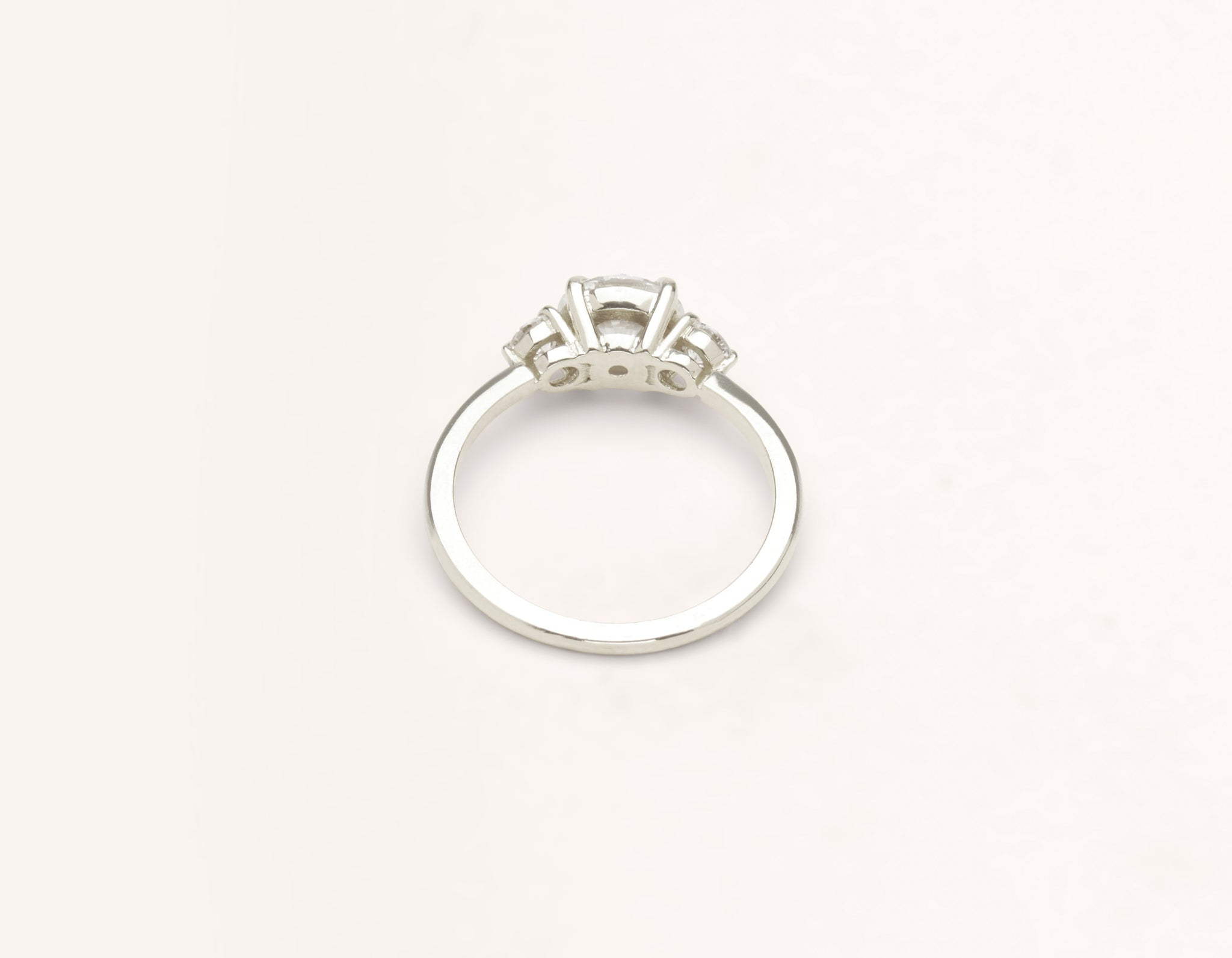 Vrai & Oro 18k solid white gold Diamond engagement ring The Three Stone simple classic band