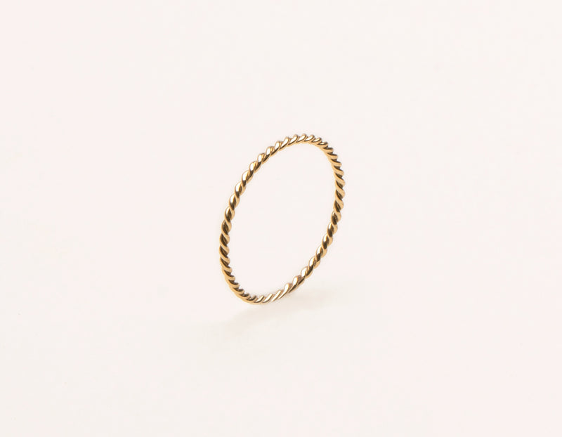 modern minimalist Twist Ring 14k solid gold Vrai and Oro unique jewelry, 14K Yellow Gold