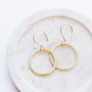 Tuan Hoop Earrings (Medium)