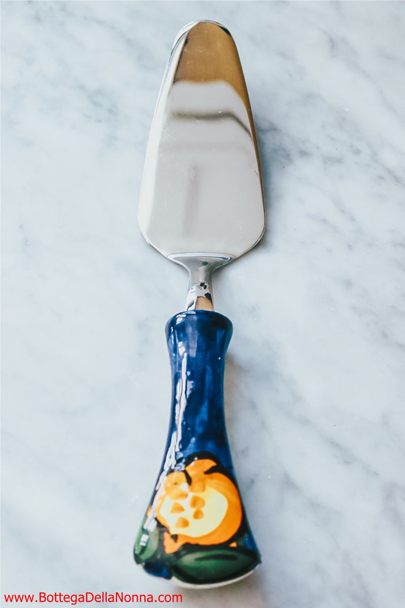 The Positano Cake Spatula