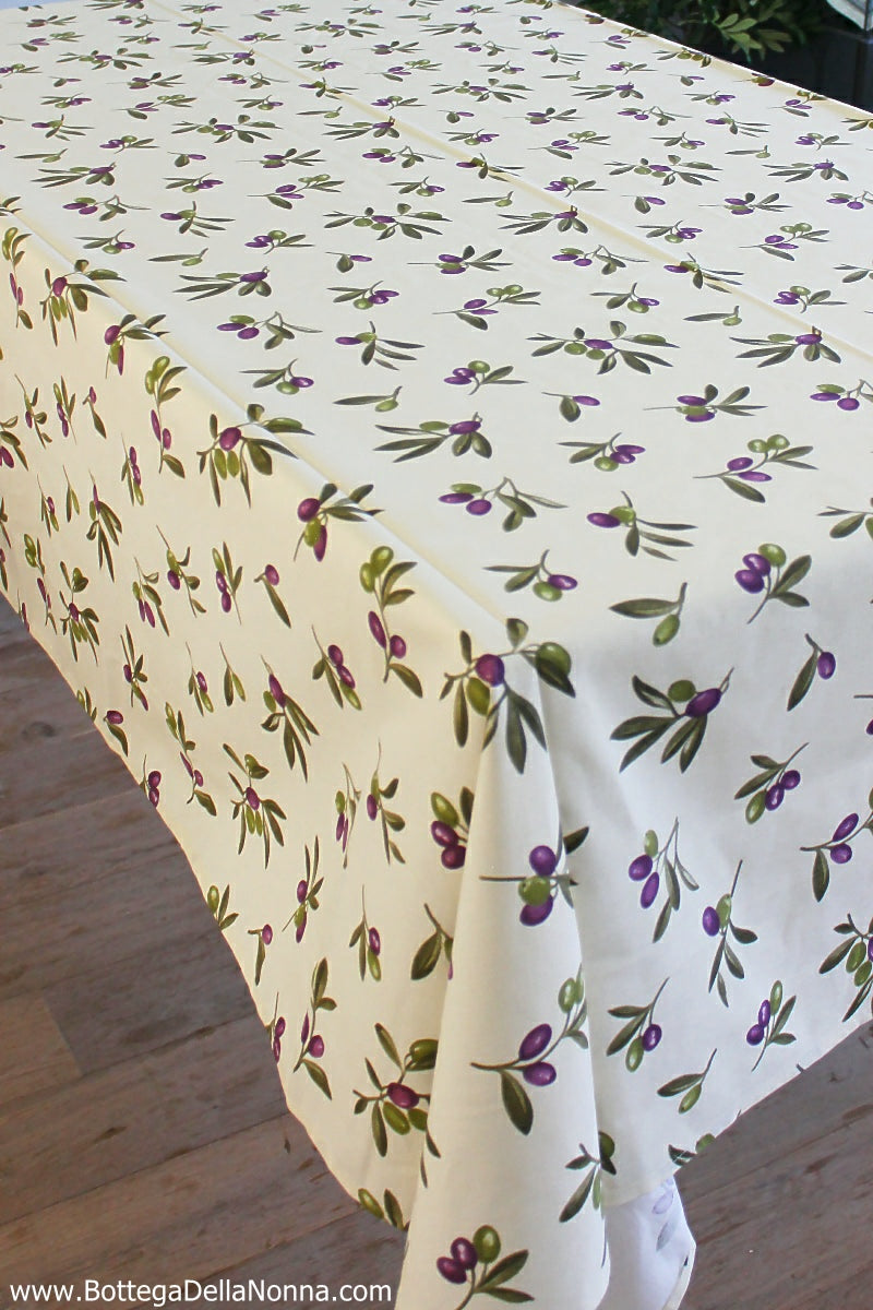 The Uliveto Tablecloth