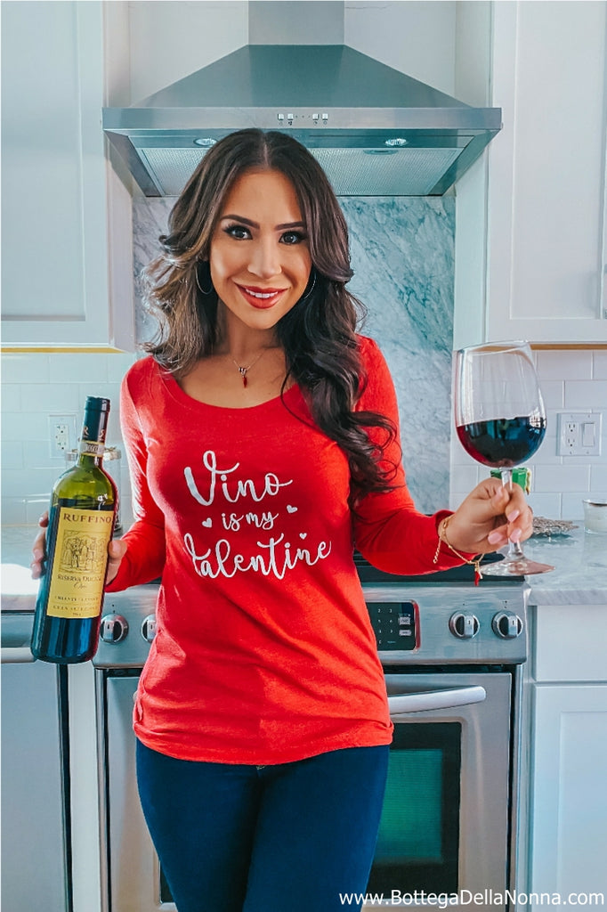 Vino is my Valentine - Scoop Neck Shirt