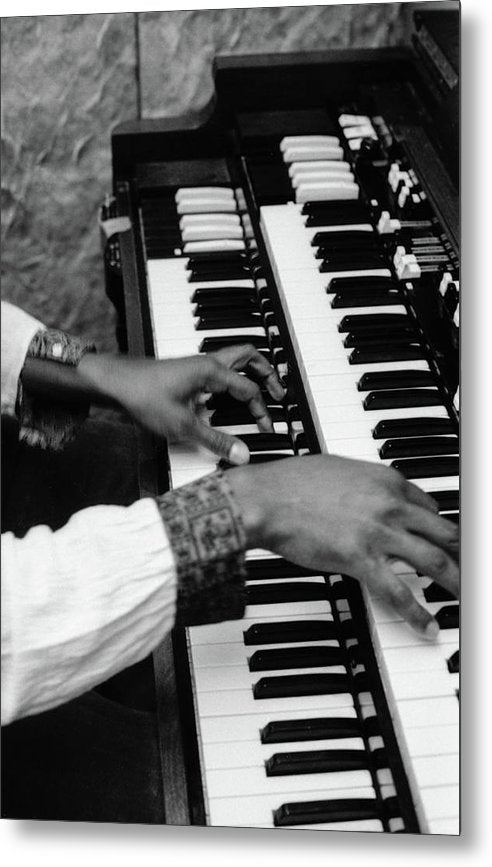 "Hands Of Earl "" Wya"" Lindo (Original Wailer)- Metal Print"