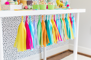 Party Animal Tissue Tassel Garland