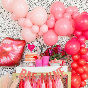 Galentine Balloon Garland Kit