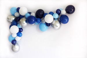 DIY Blue Balloon Garland Kit