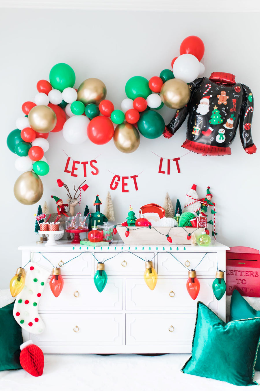 Let's Get Lit Christmas Balloon Garland Kit