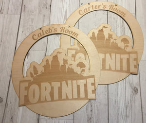 Wooden personalised room plaque FORTNITE - Laser LLama Designs Ltd