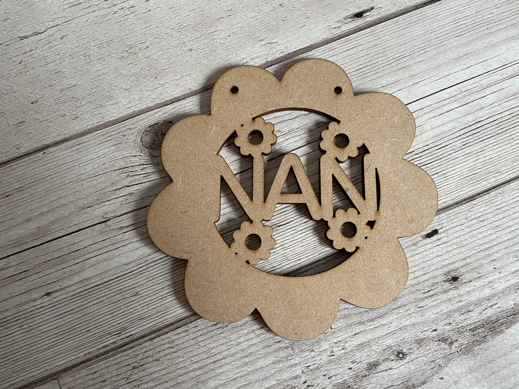 Wooden floral hanging plaque - Laser LLama Designs Ltd