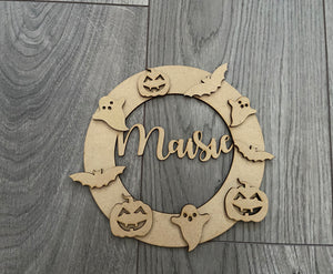 Halloween circle wreath