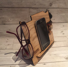 Load image into Gallery viewer, Oak veneer docking station - Laser LLama Designs Ltd