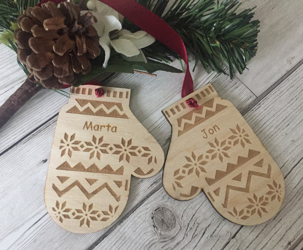 Wooden personalised mittens bauble set - Laser LLama Designs Ltd