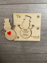 Load image into Gallery viewer, Wooden personalised 3d snowman card