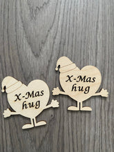 Load image into Gallery viewer, Wooden xmas hug