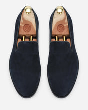 Load image into Gallery viewer, Denbury - Navy Suede