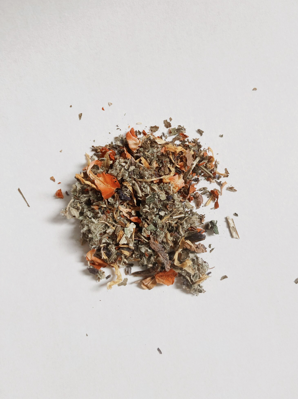 Herbal Smoke Blend: Amor