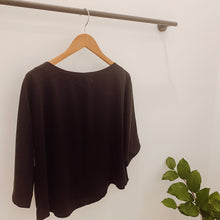 Load image into Gallery viewer, Stella Top in Black Tencel