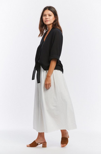 Kahlo Top, Cropped - Cotton Bubble Gauze in Black