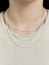 Load image into Gallery viewer, Rice Pearl Necklace