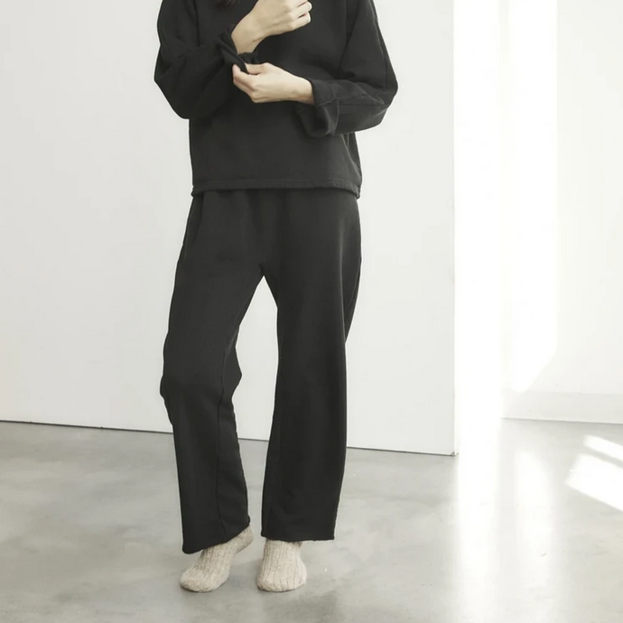 Easy Sweatpant in Black