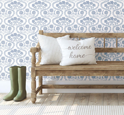 Wallpaper vs Paint: The Benefits of Choosing Wallpaper Over Paint