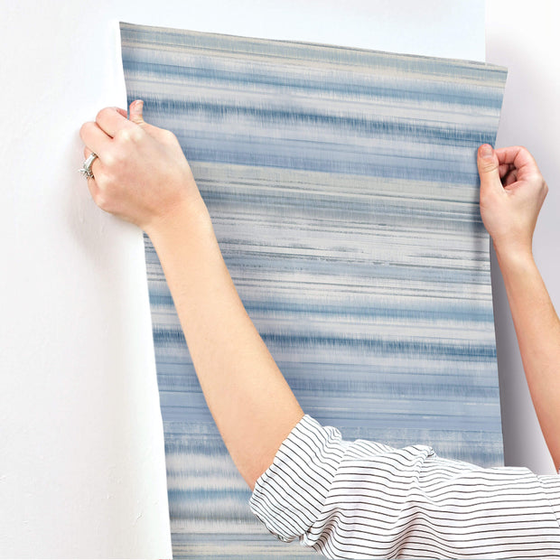 Fleeting Horizon Stripe Wallpaper - Blue