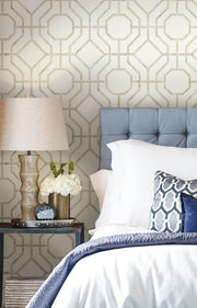 Candice Olson Tranquil Lanai Trellis Wallpaper - White & Tan