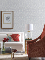 Y6230103 Feathers Wallpaper by Antonina Vella Lavender