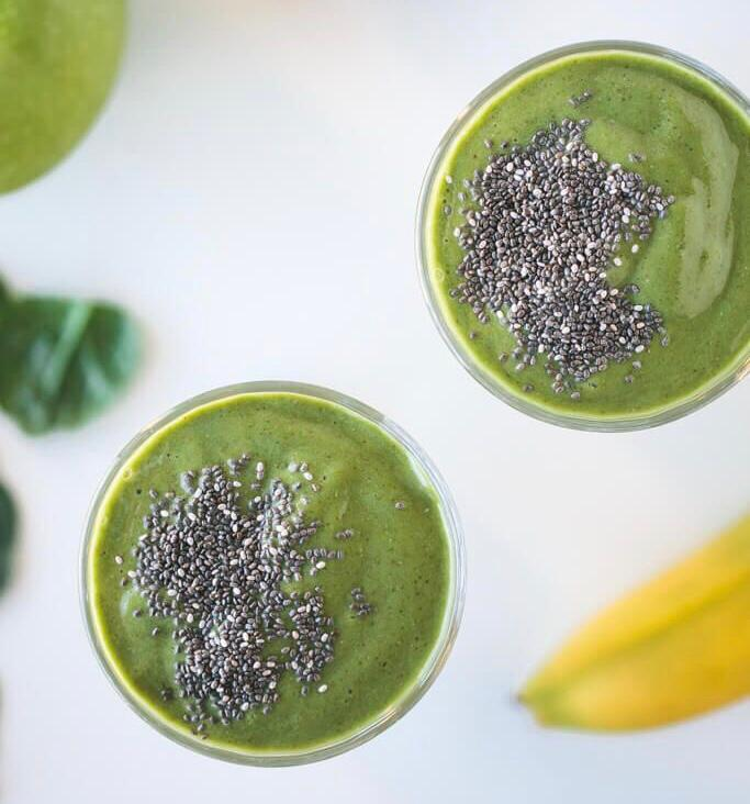 Superfood Oatmeal Breakfast Smoothie
