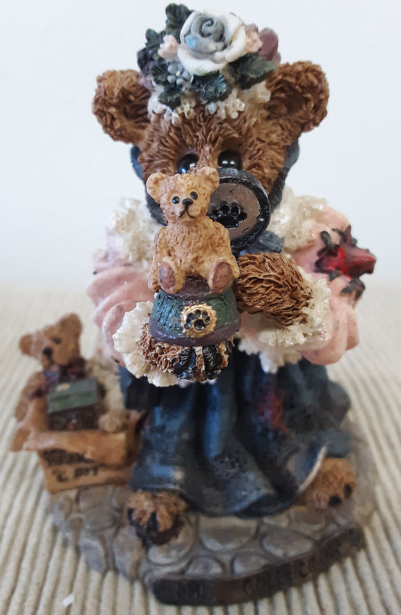 Boyds Bears - The Collector