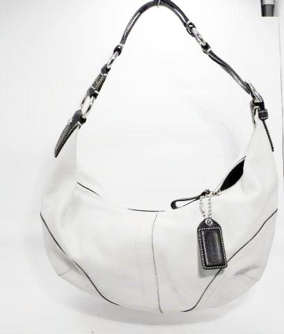 Coach Off White or Ivory Leather Hobo Shoulder Bag