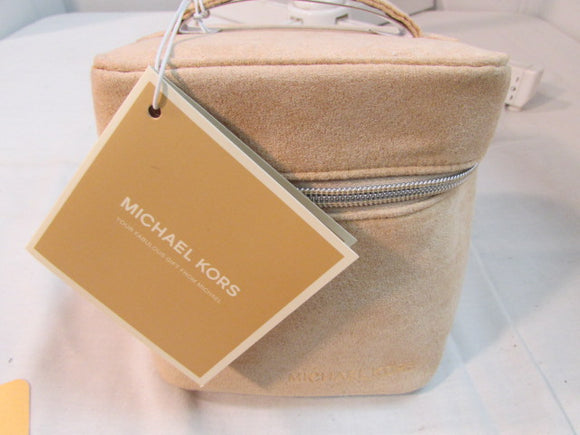 Michael Kors Jet Train Case Beige - NWT