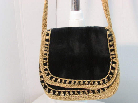 Vintage Marcus Brothers Made in Italy Black, Gold Braided Crochet Bag
