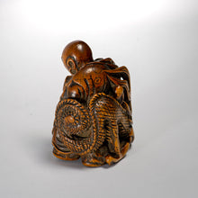 Load image into Gallery viewer, Netsuke - Rashinjin and Dragon